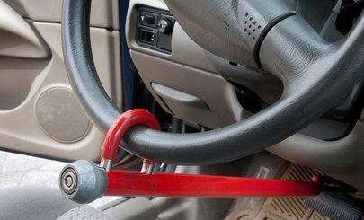Odblokowanie, otwieranie blokady kierownicy